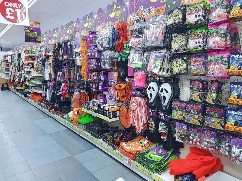 poundworld halloween range