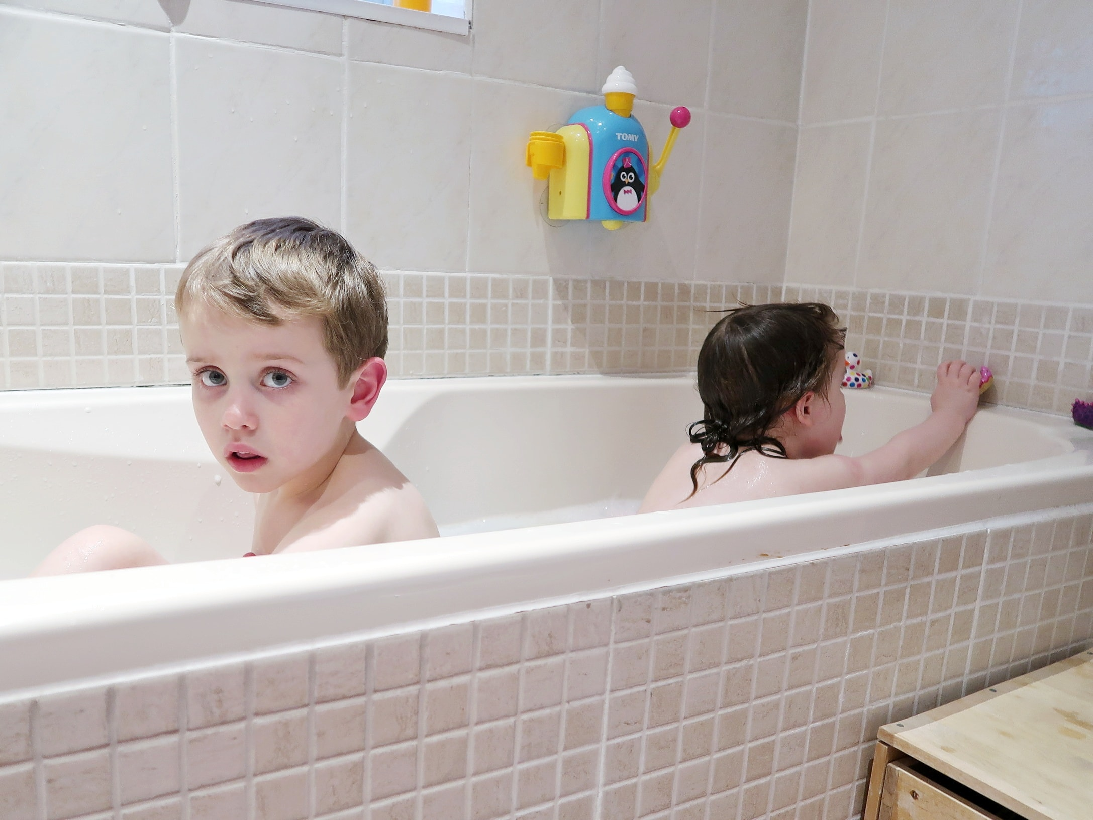 Bathtime - bath, book, bed with booktrust bed time routine