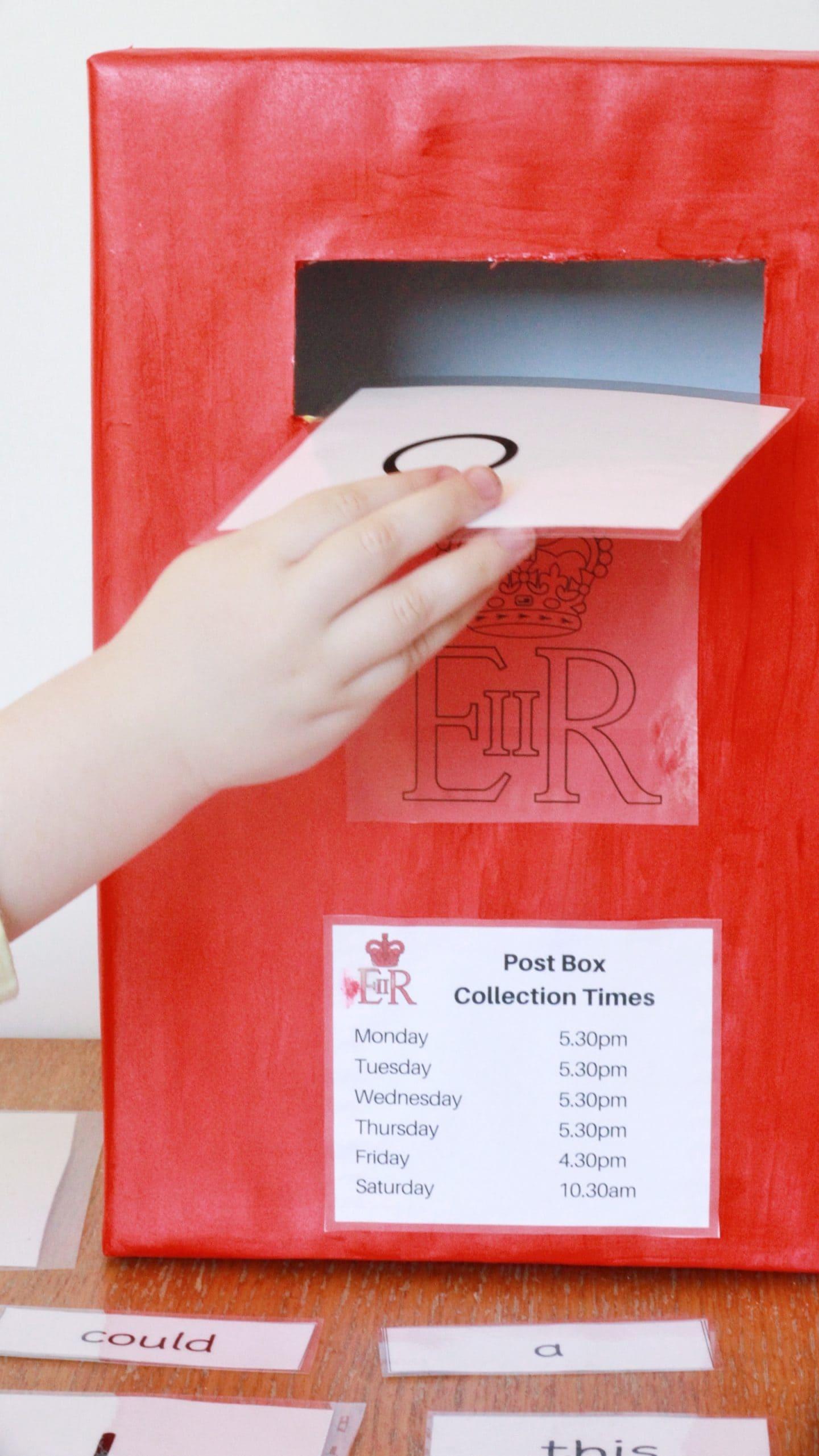 Reading Skills - posting a letter
