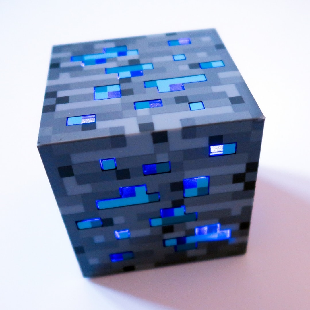 Minecraft Gifts - light-up diamond ore
