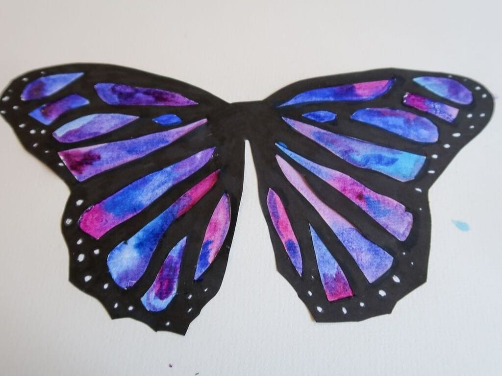 Watercolour blue and purple butterfly for easy butterfly craft