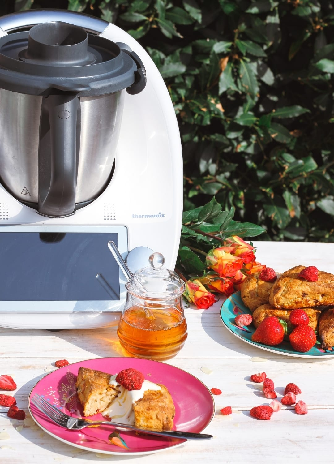 Thermomix and Strawberry Scones